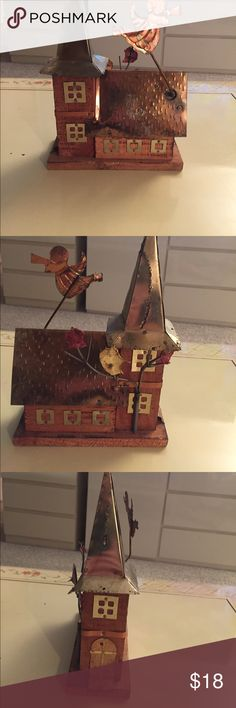"""😇 STEEPLE CHURCH MUSIC BOX 😇🙏 STEEPLE CHURCH MUSIC BOX NOT ONLY IS BEAUTIFUL BUT IT PLAYS  """"AMAZING GRACE"""" AS THE ANGEL MOVES IN A CIRCULAR MOVEMENT AS MUSIC PLAYS.  MADE OUT OF COPPER AND WOOD THIS IS A ONE OF A KIND. GREAT FOR A KIDS ROOM, DEN OR ANY PLACE YOU ENJOY JUST BEING QUIET. ⛪️🎶 Other"""