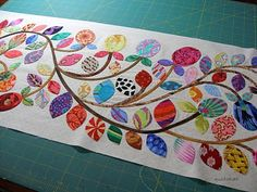 This blog is dedicated to applique.  Glorious applique!!!  The focus here will be hand applique, but there is room for machine applique too.  Kim McLean is the designer whose patterns and quilts we will be working on together.  Are you ready?!  Let's SEW!!!
