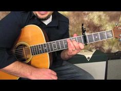 Bruno Mars - Grenade - How to Play on Guitar - Easy Beginner Acoustic Guitar Songs Electric Guitar Lessons, Bass Guitar Lessons, Music Lessons, Acoustic Guitar Chords, Guitar Diy, Bass Guitar Scales, Guitar Logo, Guitar Tattoo, Guitar Quotes
