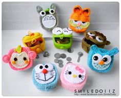 cute crochet cozies and containers-key cozies Crochet Case, Crochet Coin Purse, Crochet Box, Crochet Purses, Crochet Gifts, Cute Crochet, Crochet For Kids, Crochet Dolls, Pikachu Crochet