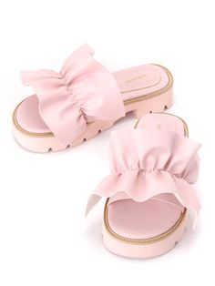 Ruffle sandals Grandedge (ground edge). Latest ladies fashion and new popular brand / shop of Shibuya 109, popular, deliver recommendations item. Also deals event information