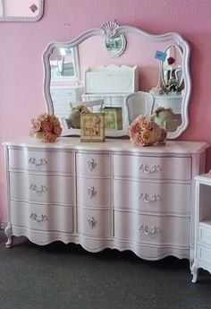 88 awesome french provincial furniture images french provincial rh pinterest com