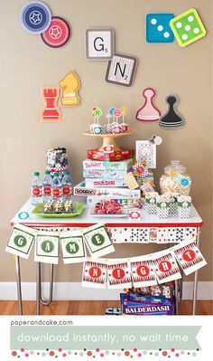 These modern board game night ideas are great for a birthday party, a couples game night or even a moms night in. Includes creative ideas for games, decor, food and more! Fun Sleepover Ideas, Sleepover Party, Slumber Parties, Adult Slumber Party, Games For Ladies Night, Couples Game Night, Night Couple, Girls Night, Board Game Themes