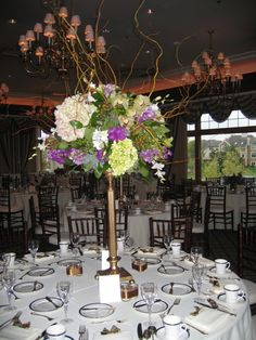 Love the colors and height of this centerpiece