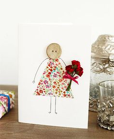 Mother's Day Gifts & Crafts : button and fabric Mothers Day card to make - Mothers Day cards - Craft - allabou. button and fabric Mothers Day card to Mothers Day Cards Craft, Fathers Day Crafts, Kids Crafts, Hobbies And Crafts, Mothering Sunday, Fabric Cards, Button Cards, Mom Day, Homemade Cards