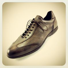 #sneakers #laceupshoes #franceschettishoes #franceschetti #casualchic #shoes #scarpe #fashion #fashiongram #men #menswear #menstyleguide #guys #green #madeinitaly #igersmarche #milan #paris #berlin #istanbul #moscow #shanghai #tokyo #newyork