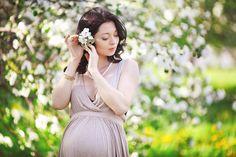 Diana, Pregnancy, Poses, Wedding Dresses, Spring, Fashion, Pregnant Pics, Fotografia, Figure Poses