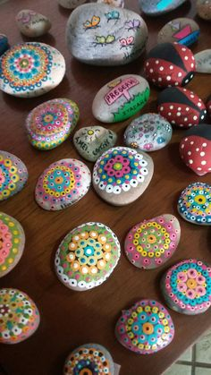 Painted Rocks, Diy And Crafts, Projects To Try, Painting, Manualidades, Rocks, Painting Art, Painted Pebbles, Paintings