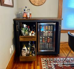 Diy Home Bar, Home Bar Decor, Bars For Home, Mini Bar At Home, Kitchen Cabinetry, Wine Cabinets, Custom Home Bars, Home Bar Cabinet, Coffee Bar Home