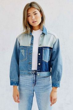 Double denim done right - UNIF Denim Colorblocked Jacket - Urban Outfitters Denim Fashion, Look Fashion, Korean Look, Diy Clothes, Clothes For Women, Mode Jeans, Denim Ideas, Looks Street Style, Double Denim