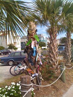 Flip flop Tree - Wrightsville Beach