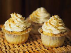 sweet melange: Mandlové cupcaky s nádechem růžové vody