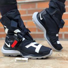 sale retailer 5d708 42c67 Nike Shoes   Nike Nsw Gaiter Boot Sneakers Sz 6 (23cm)   Color