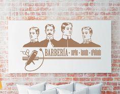Vinilo adhesivo especial para decorar las paredes del interior de la barbería. Su diseño vintage juega con dibujos y tipografías relacionadas con la profesión de barbero. Nunca ha sido tan fácil dar personalidad en una barbería gracias a este vinilo decorativo...