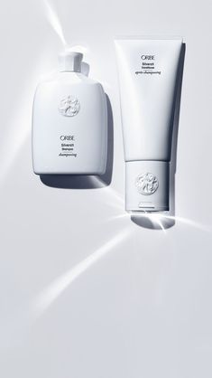 Oribe New Products - Silverati Shampoo and Conditioner Mens Shampoo, Solid Shampoo, Skincare Packaging, Cosmetic Packaging, Cosmetic Design, Bottle Design, Shampoo And Conditioner, Bath And Body Works, Perfume Bottles