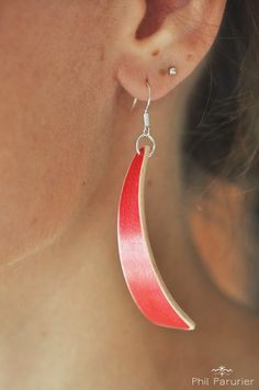 érable. wooden earring, wooden jewelry contemporary jewelery