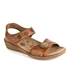 Take a look at this Brown Magic Sandal by Taos Footwear on today! 1 Feet, Flat Sandals, Comfortable Shoes, Take That, Footwear, Purses, Trending Outfits, Lady, Ladies Sandals