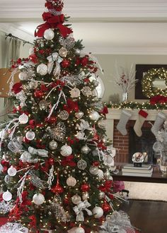Balsam Hills Red White And Sparkle Christmas Tree Ideas