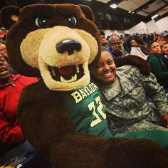 Baylor ♥ our troops!