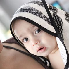Luxurious Bamboo Turkish Towels! Baby Towel and Hooded Towel: Something about this face makes it ok to be awake before the sun! #houseofjude #turkishtowels #morningbath #earlybird