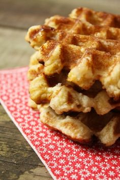 Other Recipes, Sweet Recipes, Healthy Recipes, Dessert Mousse, Beignets, Waffle Iron, How To Make Bread, Cooking Time, Biscotti