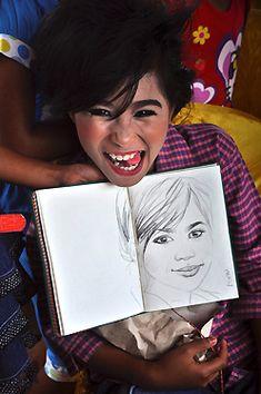 L'illustratrice Stéphanie Ledoux a voyagé avec notre guide Julius en Sulawesi et a partagé avec lui le quotidien de sa famille pendant quelques jours. Elle nous raconte ici son expérience de voyage en pays Toraja. Julius, Ledoux, Guide, Illustration, Travel, Illustrations