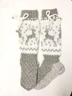 Knitting Socks, Mittens, Gloves, Baby, Knit Socks, Fingerless Mitts, Fingerless Mittens, Baby Humor, Infant