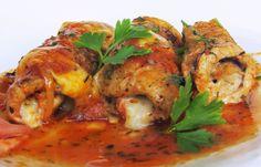 Kuchenna Kontrrewolucya: Proste roladki schabowe w sosie pomidorowym /pomidorowe inspiracje - mięso