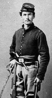 a Union cavalry soldier This picture is a typical Union Cavalry Trooper. My G-Great Grandfather Caleb Chance, Tenn Cav; Us History, American History, Ancient History, War Image, America Civil War, Civil War Photos, Le Far West, Military History, Military Art