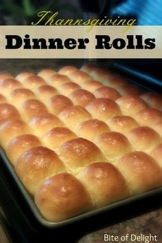How to make the best homemade dinner rolls. Tips and tricks for making perfect dinner rolls. The perfect Thanksgiving rolls recipe. Homemade Dinner Rolls, Dinner Rolls Recipe, Homemade Yeast Rolls, Homemade Breads, School Rolls Recipe, Dinner Rolls Easy, Easy Yeast Rolls, Quick Rolls, Scones