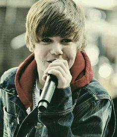 Justin bieber is singing