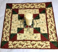Quilted Table Topper Cardinal Season Cream Red & Green