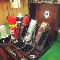 The Executive Box is the most unique way for a barber on the go to travel with your equipment. With its lite and sleek style this small compact tool case will hold all of the necessary appliances a barber professional will need. This is the ideal display case to use for house calls. Www.Organizedbarber.com #travelways #guiddoo #trave #aroundtheworld #wanderlust #nomad #smiles #happiness #expressions #LetsExplore #scuba #diving #adventure #underwater #seabed #sea #life www.guiddoo.com