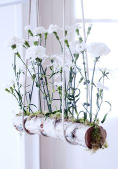 DIY Floating Carnations Great what flowers do - Frühling. Deco Floral, Arte Floral, Floral Design, Ikebana, Fleurs Diy, Deco Nature, Art Nature, Carnations, Garden Art