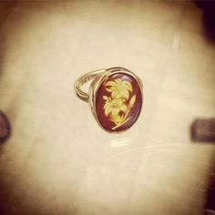 amber and gold ring Gold Rings, Gemstone Rings, Sterling Silver Jewelry, Amber, Handmade Jewelry, Diy Jewelry, Jewelry Rings, Ivy, Handmade Jewellery