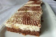 Schoko - Birnen - Kuchen mit Schmand
