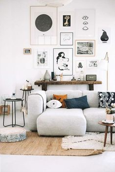 Cozy Small Living Room Decor Ideas on A Budget (6)