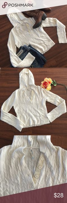 Cozy, cute, and Stylish sweater type hoodie Very warm and fuzzy cream colored sweater with hoodie💥. Meant to be short to either show stomach or wear with tank underneath. Either way is too cute. EUC. TAG HAS SIZE LG BUT FITS SMALLER💥 Aeropostale Sweaters