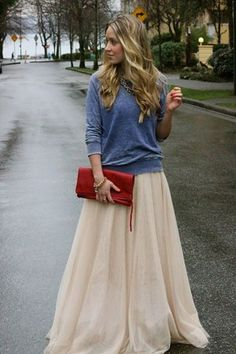 Cute Outfit of the Day: Cara McLeays Ball Skirt... not so sure about the long skirt... but good idea for a sweatshirt/skirt combo!