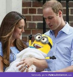 The Royal Minion: So Prince William and Kate had their royal baby. It looks an awful lot like a minion! Minion Baby, Minions Love, Minion Stuff, Minion Rush, Minions Images, Minions Minions, Haha Funny, Funny Jokes, Lol