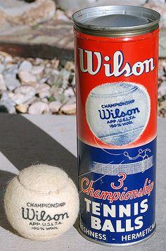 Wilson Tennis Balls, 1950's http://www.centroreservas.com/