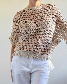 New Woman's Crochet Patterns Part 14 - Beautiful Crochet Patterns and Knitting Patterns T-shirt Au Crochet, Cardigan Au Crochet, Beau Crochet, Moda Crochet, Pull Crochet, Crochet Shirt, Crochet Woman, Thread Crochet, Irish Crochet