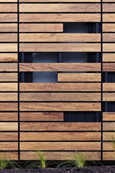 Pacific Teak cladding and shadow cladding Modscape project Wood Facade, Timber Cladding, Exterior Cladding, Facade Design, Door Design, Wall Design, Exterior Design, Architecture Durable, Wood Architecture