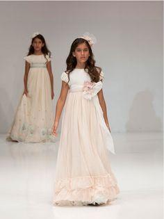 Vestidos de Primera Comunión, Decoración e Ideas de Comunión | DecoPeques -Decoración infantil, Bebés y Niños