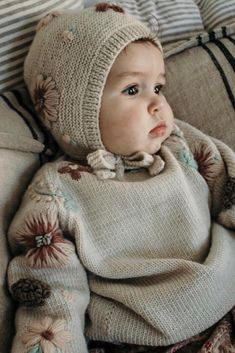 This baby outfit is the cutest! Flora summer bonnet and the matching sweater - adorable! This bonnet is so well fitted and just look at the details on our embroidery, completed stitch for stitch by hand 🌿. Picture by Styling by Baby Outfits, Kids Outfits, Toddler Fashion, Kids Fashion, Beautiful Baby Girl, Boho Baby, Stylish Kids, Kid Styles, Baby Sweaters