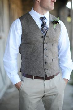 I like grey vests!!! (I know its not a tux)