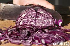 Lombarda con manzana (cortar la lombarda en juliana) Cake Videos, Summer Bbq, Kitchen Recipes, Deli, Cilantro, Cabbage, Recipies, Food And Drink, Vegetables