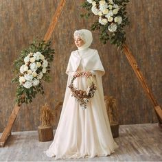 Long Sleeves Muslim Wedding Dresses With Cape Muslim Wedding Gown, Hijabi Wedding, Wedding Hijab Styles, Muslimah Wedding Dress, Muslim Wedding Dresses, Muslim Brides, Wedding Dress Sleeves, Dream Wedding Dresses, Bridal Dresses