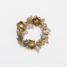 Gold Garden Wreath, Polished