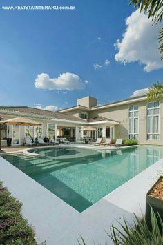 Dream Home Design, My Dream Home, House Design, Future House, Ideas De Piscina, Villa Pool, Beautiful Home Gardens, Dream Mansion, Rich Home